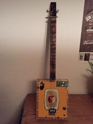 cigar-box-instruments2
